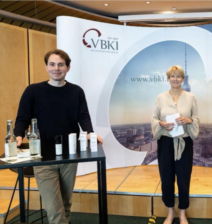 Claudia Grosse-Leege, VBKI-Geschäftsführerin / Label AVE + EDAM, Co-Founder Prof. Dr. Dominik L. Michels / © VBKI /Businessfotografie Inga Haar